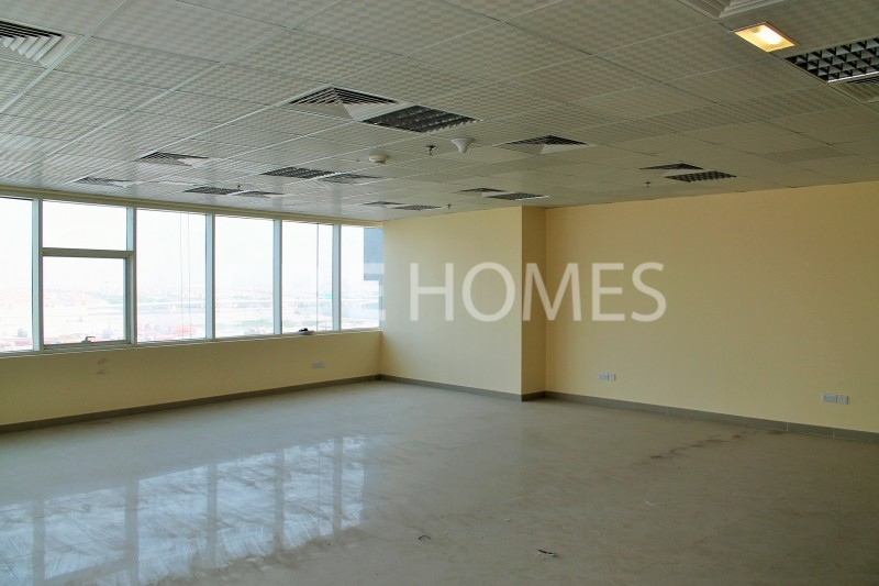 Very Large 2 Bedroom Unfurnished Apartment In Mag 218 Dubai Marina Er R 12376