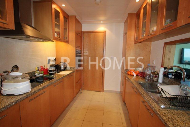 Dubai Marina Dec, Large Two Bed, Unfurnished, 115,000 Er R 16060