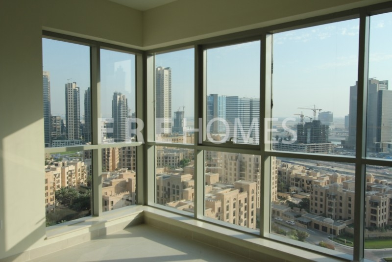 Beautiful Two Bedroom,boulevard Central, 183 Sq.ft. 2 Bedroom, 2 Bathrooms Er-R-3957
