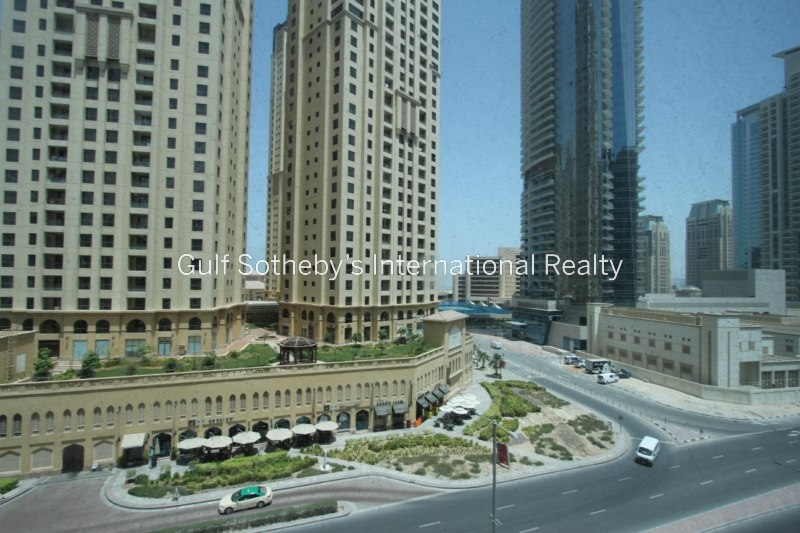 1 Bedroom With Balcony, Multiple Cheques, Marina Diamond 1 Er R 15668