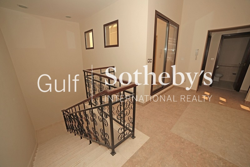 Owner Occupied, Full1 Burj Khalifa View, Mid Floor 3 Bedroom + Maid In South Ridge 5 Er S 6040