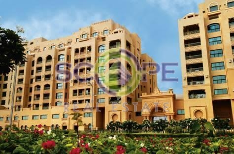 Palm Jumeirah Golden Mile 04 3 Bedroom Park View For Rent