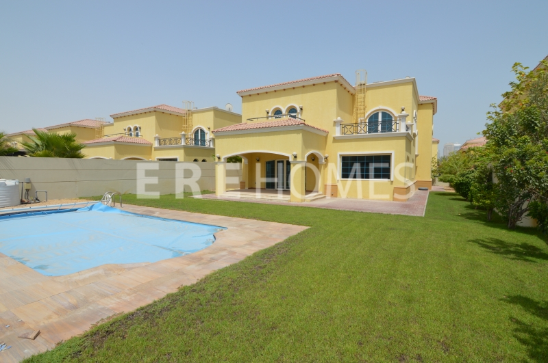 Fully Landscaped Four Bedroom Legacy Villa With Temperature Controlled Pool Er R 13027