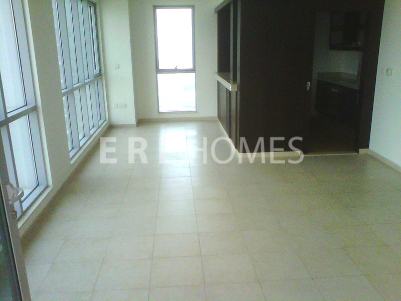 Large 1 Bed, High Floor, Residences 8, Downtown-120,000aed Er R 11098