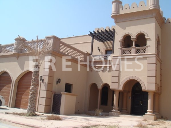 Beautiful Canal Cove Villa Available For Rent Palm Jumeirah, Immaculate Throughout Er R 10362