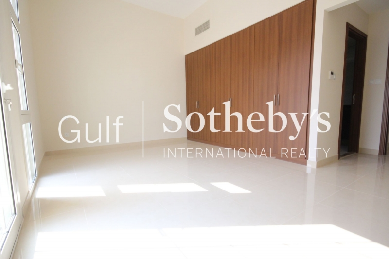 Modern 1 Bed, Low Floor, Claren 1, Downtown Aed 110,000 Er R 14045