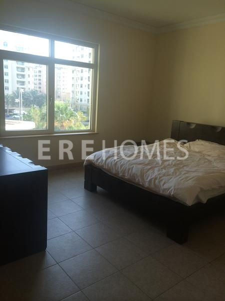 2 Br Plus M E Type Shoreline Right Side, Beach, Pool, Gym, Palm Jumeirah Er R 13437