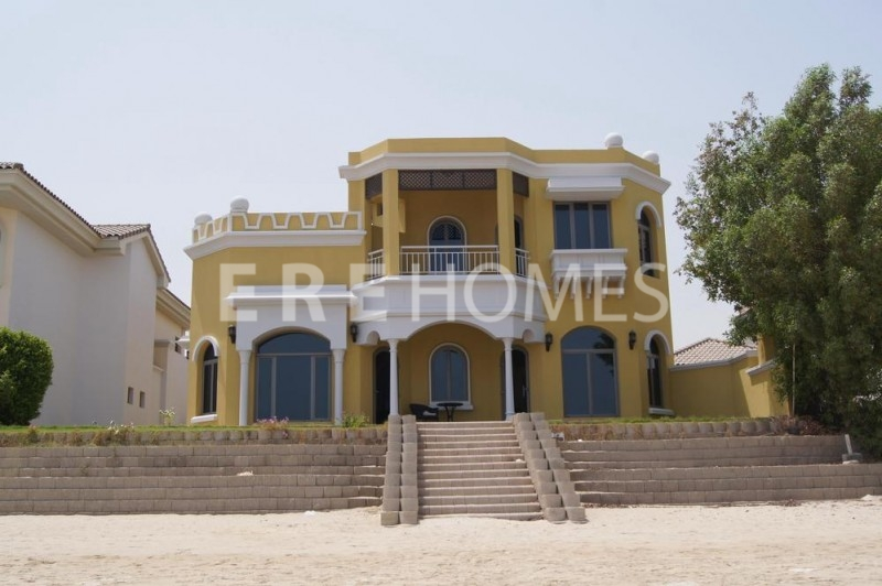 4 Bedroom Upgraded Central Rotunda On The Palm Jumierah Vacany Now Er R 9150