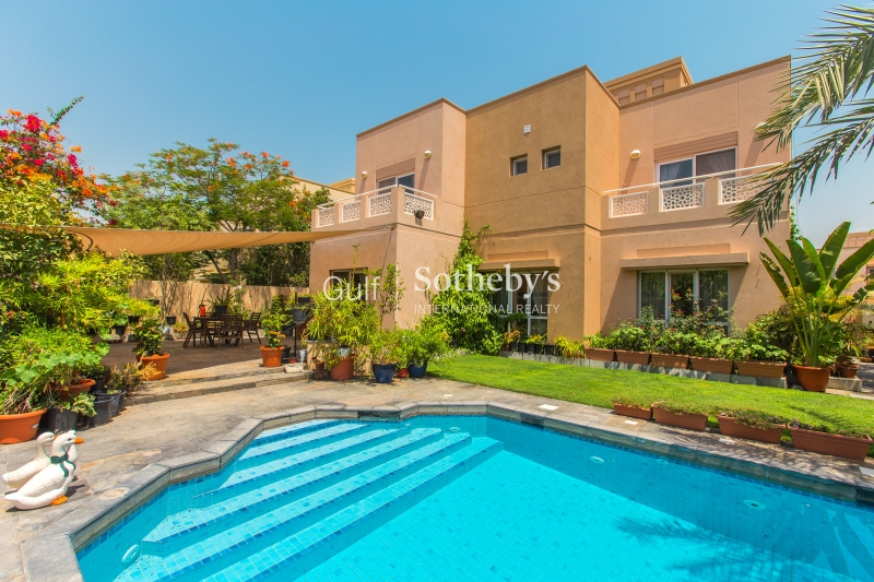Meadows 7-5 Bedroom With Swimming Pool