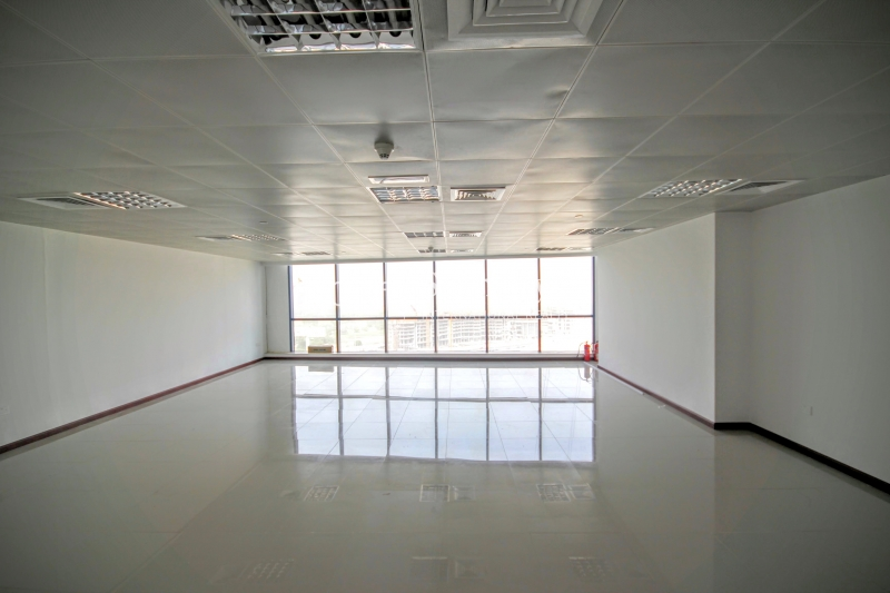 Beautiful Fitted Office Jumeirah Bay X2