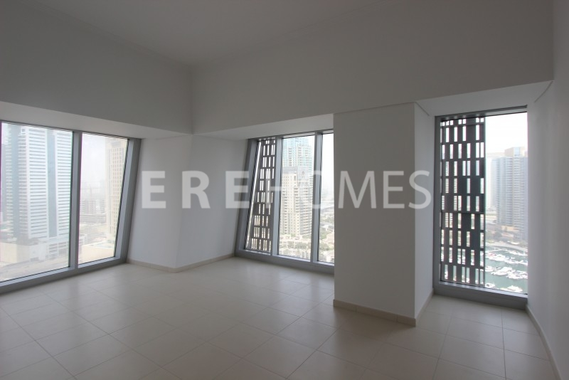 An Impressive, Vacant 2 Bedroom Apartment With Lovely Marina Views For Sale In Cayan Tower. Er S 5501