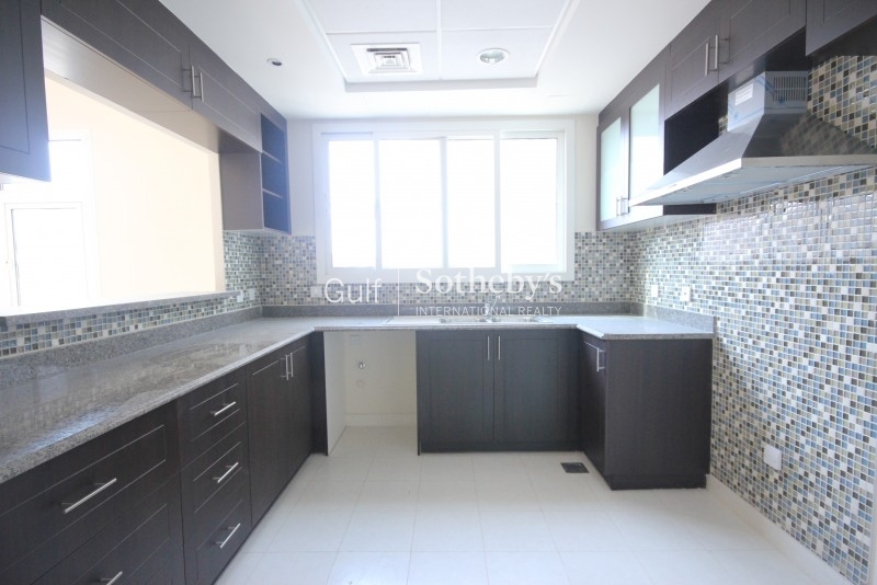 Beautifully Fully Furnished, 2 Bedroom Maid, Spacious, Cluster S, Jlt Er R 7645
