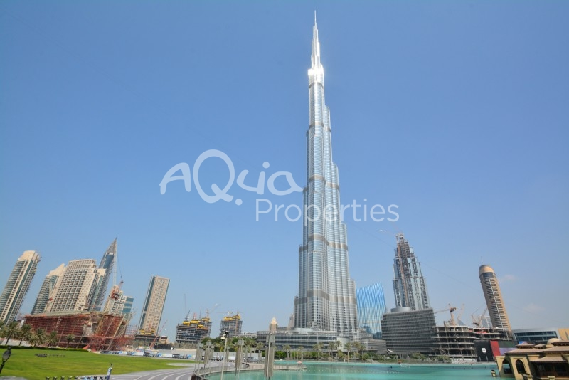 Fantastic Full Fountain View In Burj Khalifa