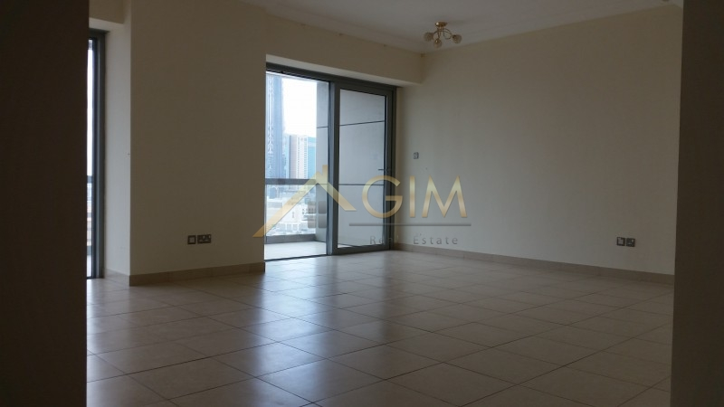 Spacious 2BR + Maid, 4 Cheques, 8 Boulevard Walk