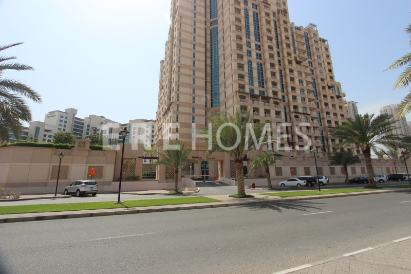 Beautifull 1 Bed Apartment In The Greens