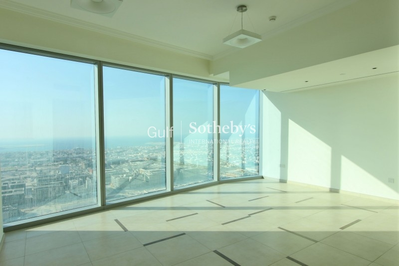 Three Bedroom-High Floor With Sea View