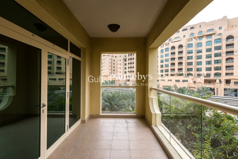 1 Br Type B Low Floor Park View Vacant