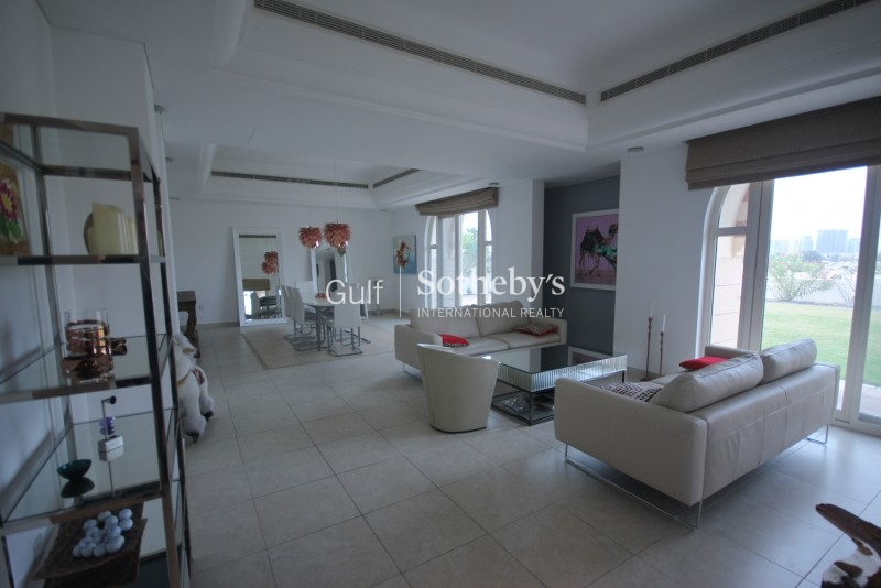 Beautifully Presented C1, Alvorada, 5 Bed Villa Er S 5665