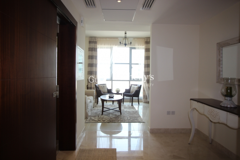 Stunning Furnished 2br Standpoint Tower