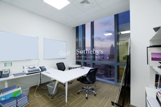 Luxury Fitted Office Boulevard Plaza |t1