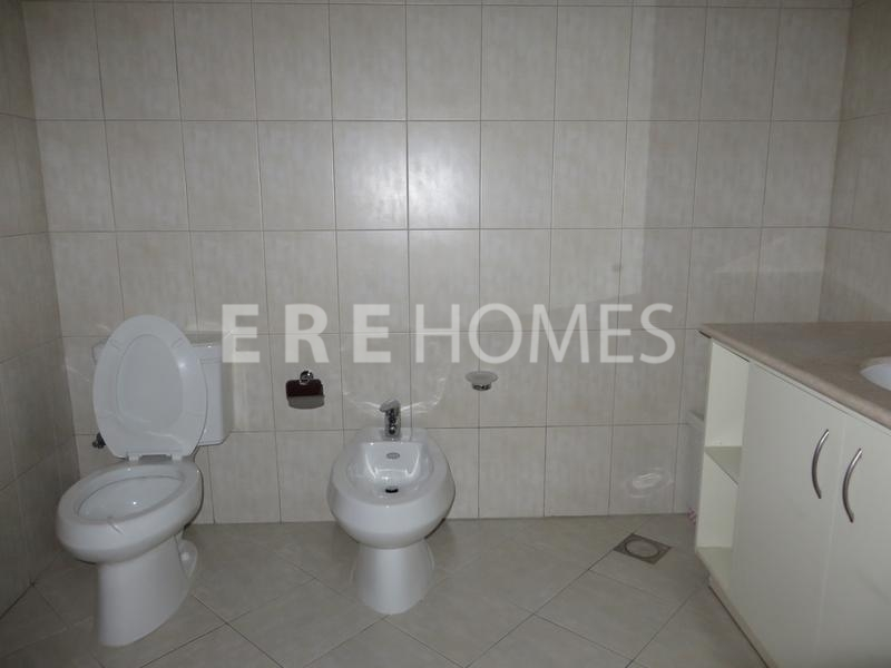 Beautiful 1 Bed Apartment, Badrah Er R 10688