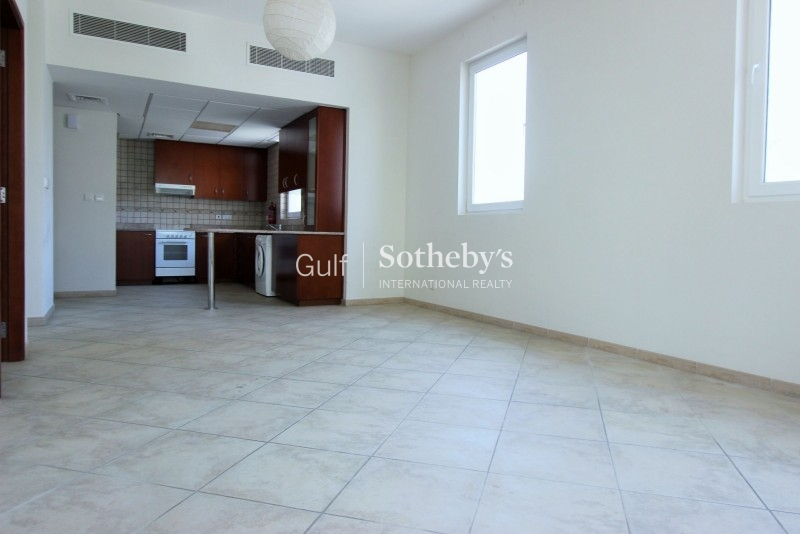 Unfurnished 1 Bed 6 Cheques In Lake Point, Jlt Er R 16048