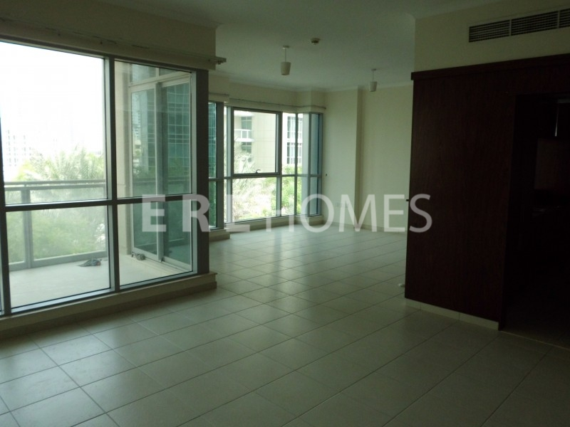 Rarely Available 3 Bed Maid'S, High Floor, The Residences 8, Downtown-280,000 Aed Er-R-11671