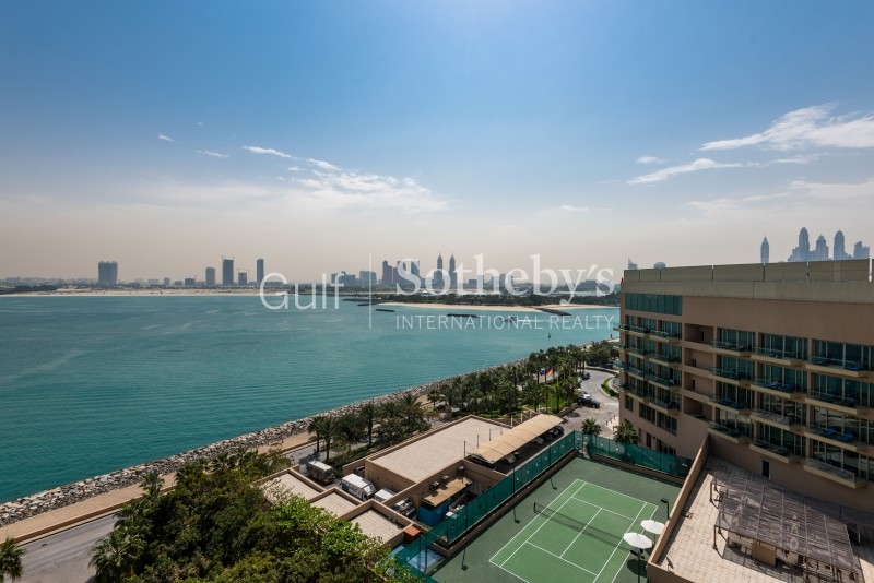 Luxury Secluded Penthouse On Palm Jumeirah