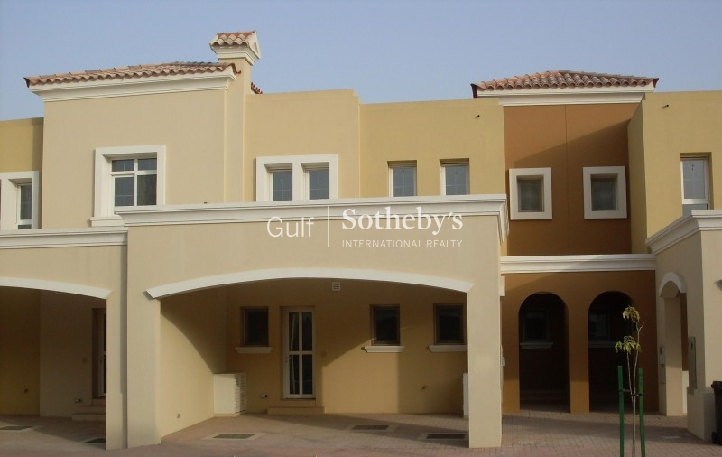 Tidy 2m Alma Villa With Maids Onto Park