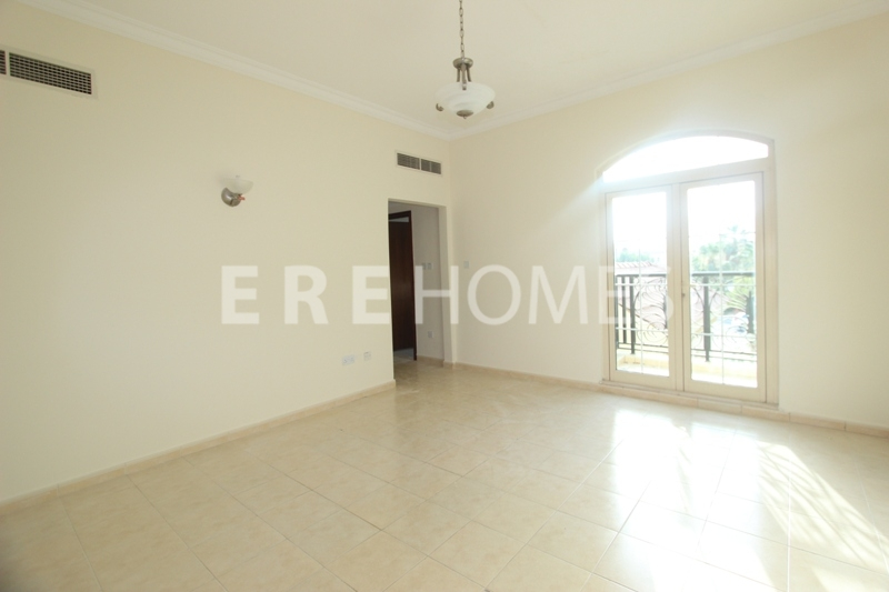 3 Bedrooms + Maids-Sadaf 2-Jbr-1850sq Ft-Vacant On Transfer Er-S-5633