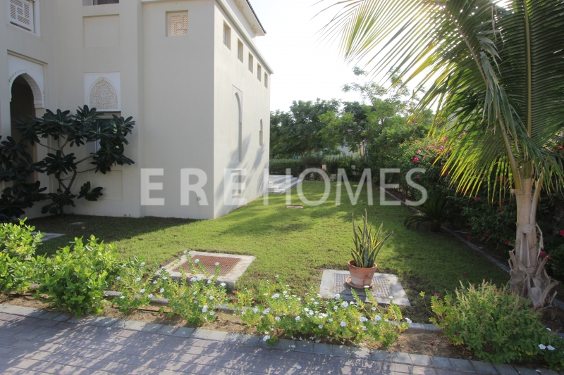 Golf Home Villa A Type With Front And Rear Golf Course View For 16m Er-S-6197
