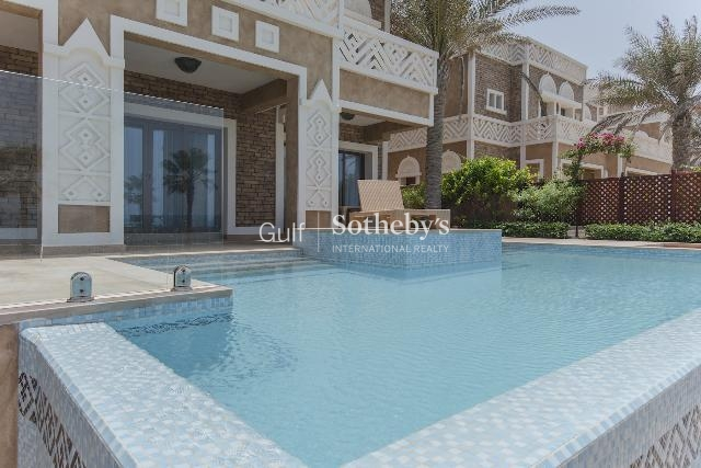 5 Bedroom Luxury Emirates Hills Villa, Private Pool, Maids, Drivers, Lake View-Er-S-1573
