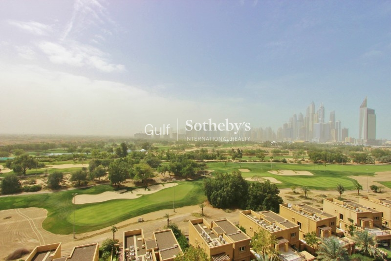 Full Golf Course View 3 Bed In The Fairways