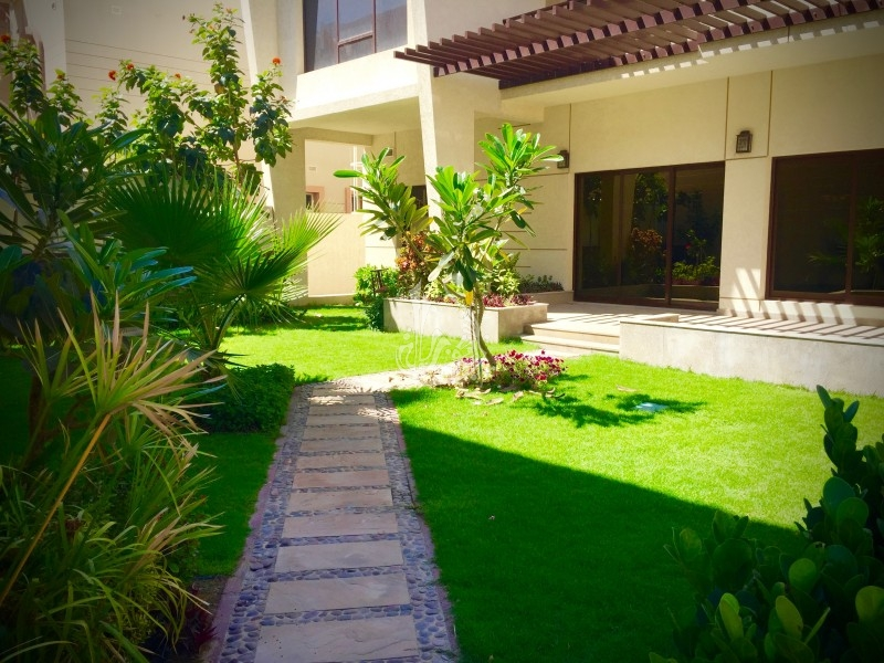 End Unit Townhouse For Sale In Serena Dubailand
