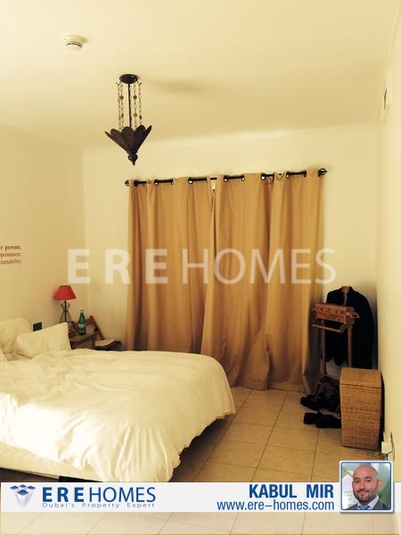 Beautiful Three Bedroom Apartment, Zafaraan, Old Town Er R 9252