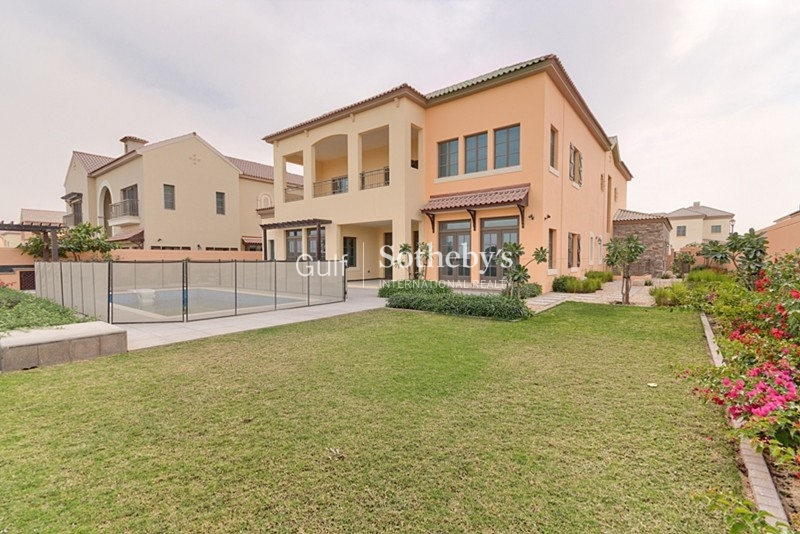 Jge Luxury Villa With Golf Course Views