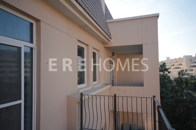 Corner One Bedroom Apartment In Sherlock House Available Now Er R 15203