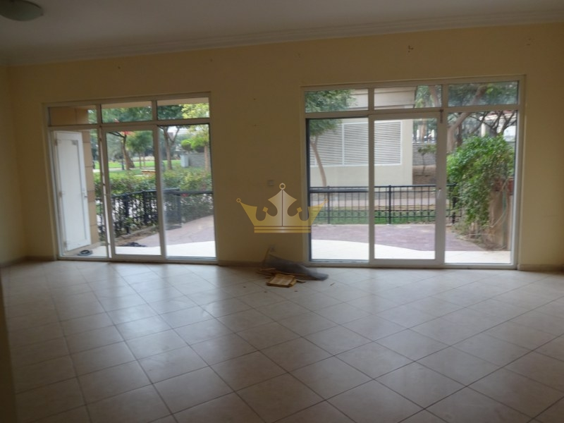 3BR+ Storage villa w/ Garden View for Rent Uptown M...