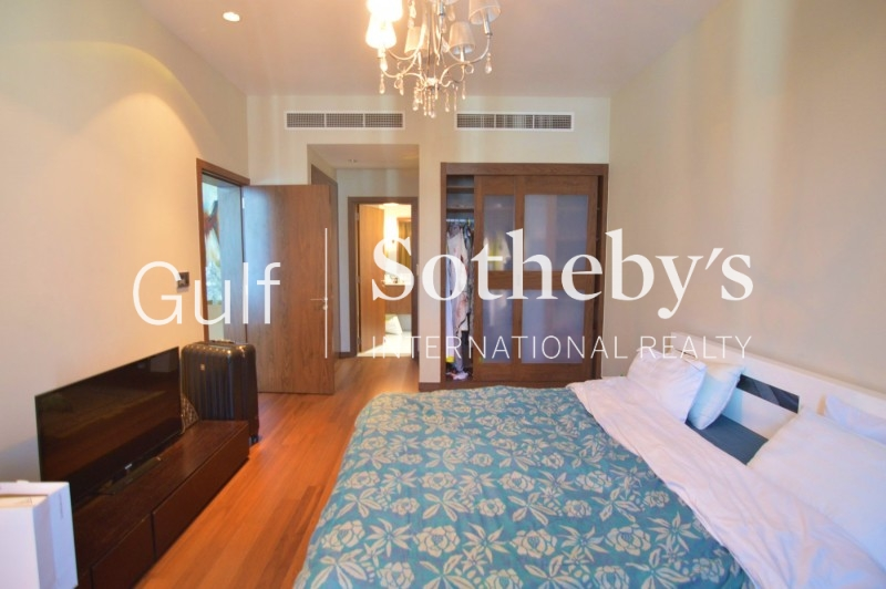 Large Corner Terrace 2 Bedroom Apartment In Al Thammam, Remraam For 1.3m Neg Er-S-6406