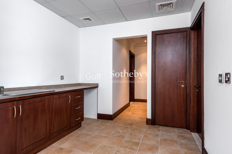 Superb 3 Bed Duplex, Jumeirah Heights, Dubai Er R 15690
