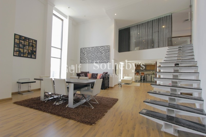 Luxury Upgraded Furnished Loft Duplex