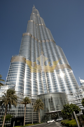 45th Floor Apartment in Burj Khalifa Sea View