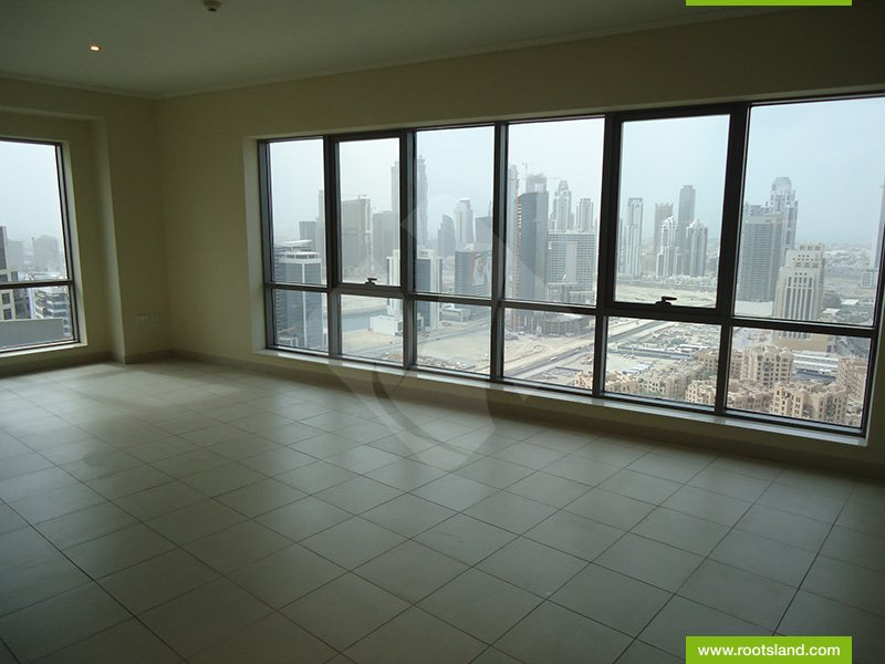 Stunning Unit in a Prestigious Area with Burj Khalifa View