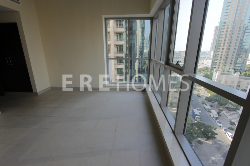 Podium Level! 1 Bedroom Apartment With Large Terrace! Available Now 785k Er S 4790