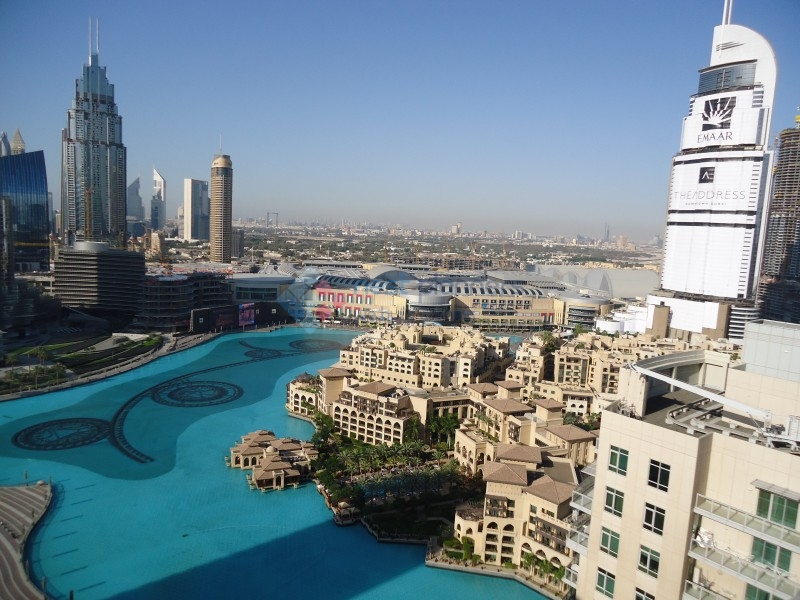 Amazing View of Burj Khalifa- 3 Bedroom for rent in The Residences- Down Town-