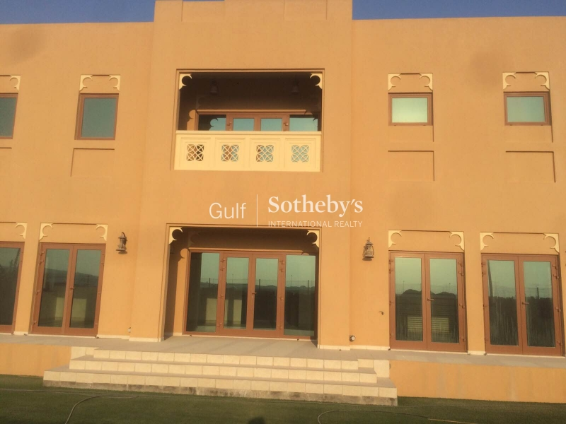 Spacious 3 Bedroom Villa In Al Furjan
