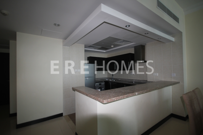 1 Bedroom Apartment, Marina Quays West, Unfurnished Er R 13805