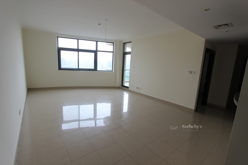 Vacant, Marina Crown, 2bed, Sea View