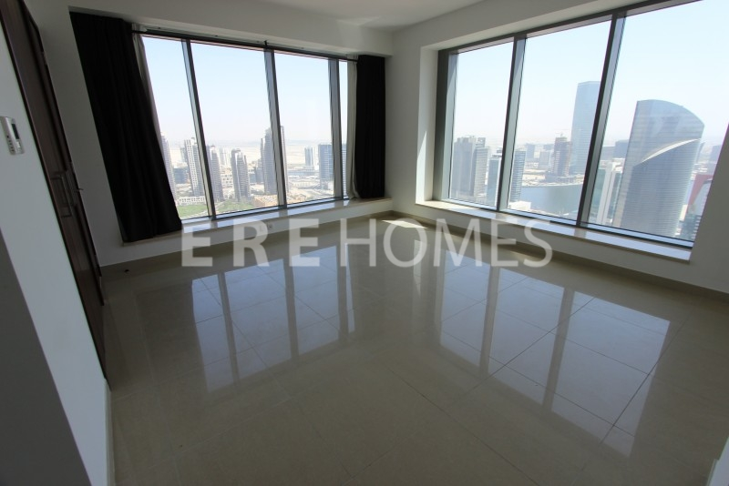 Huge 1 Bed High Floor 1038 Sqft 29 Boulevard 2 Downtown 130,000 Aed Er R 12501