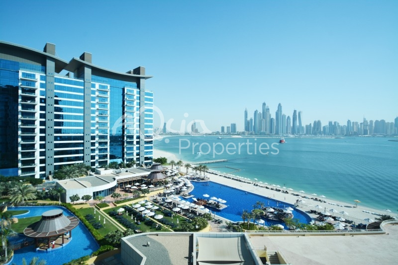 Bright 3 Br Unit In Palm Jumeirah